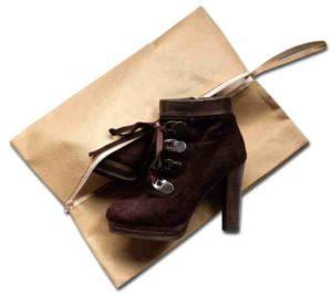 Объемная сумка-пыльник для обуви на молнии