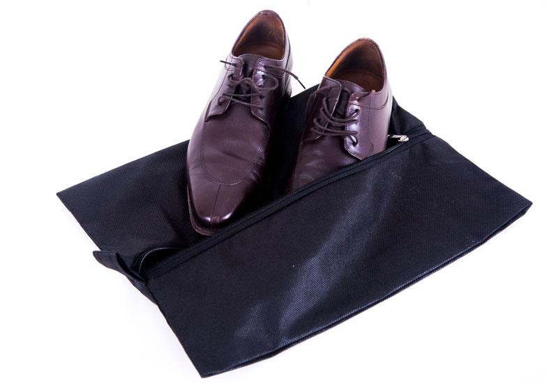 Объемная сумка-пыльник для обуви на молнии - Цвет черный HO-02